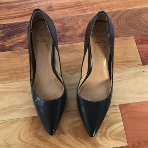 Banana Republic Black Pumps / Heels